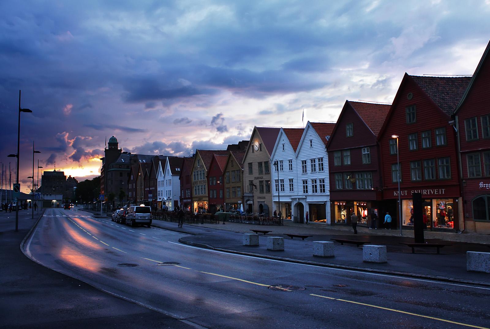 Bryggen_Sunset_full_res_1600
